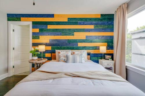 6 Suites Spacious Modern Townhomes 6 Suites & Sleeps 20