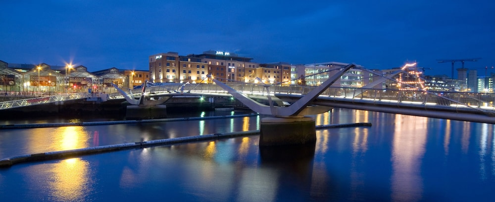Ifsc Spacious 2 Br Apt Dublin City Centre May9k6