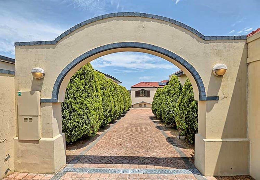 Rancho Relaxo three bedroom house Fabulous value