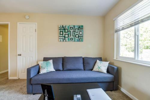 Cozy Comfortable Bright In Sunnyvale