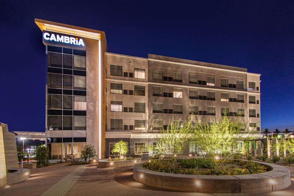 Cambria Hotel Phoenix Chandler Fashion Center