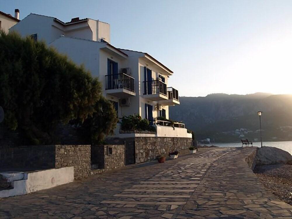 Gallery image of Lemos Hotel