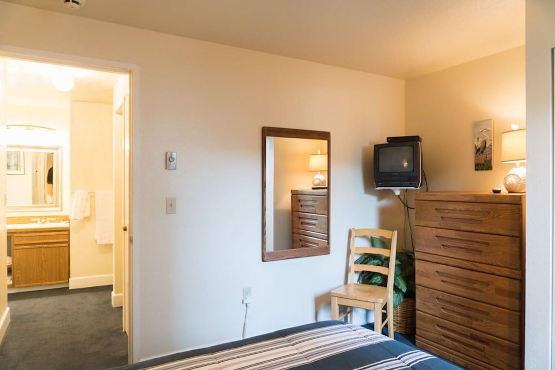 Dock Of The Bay # 105 1 Bedroom Condo