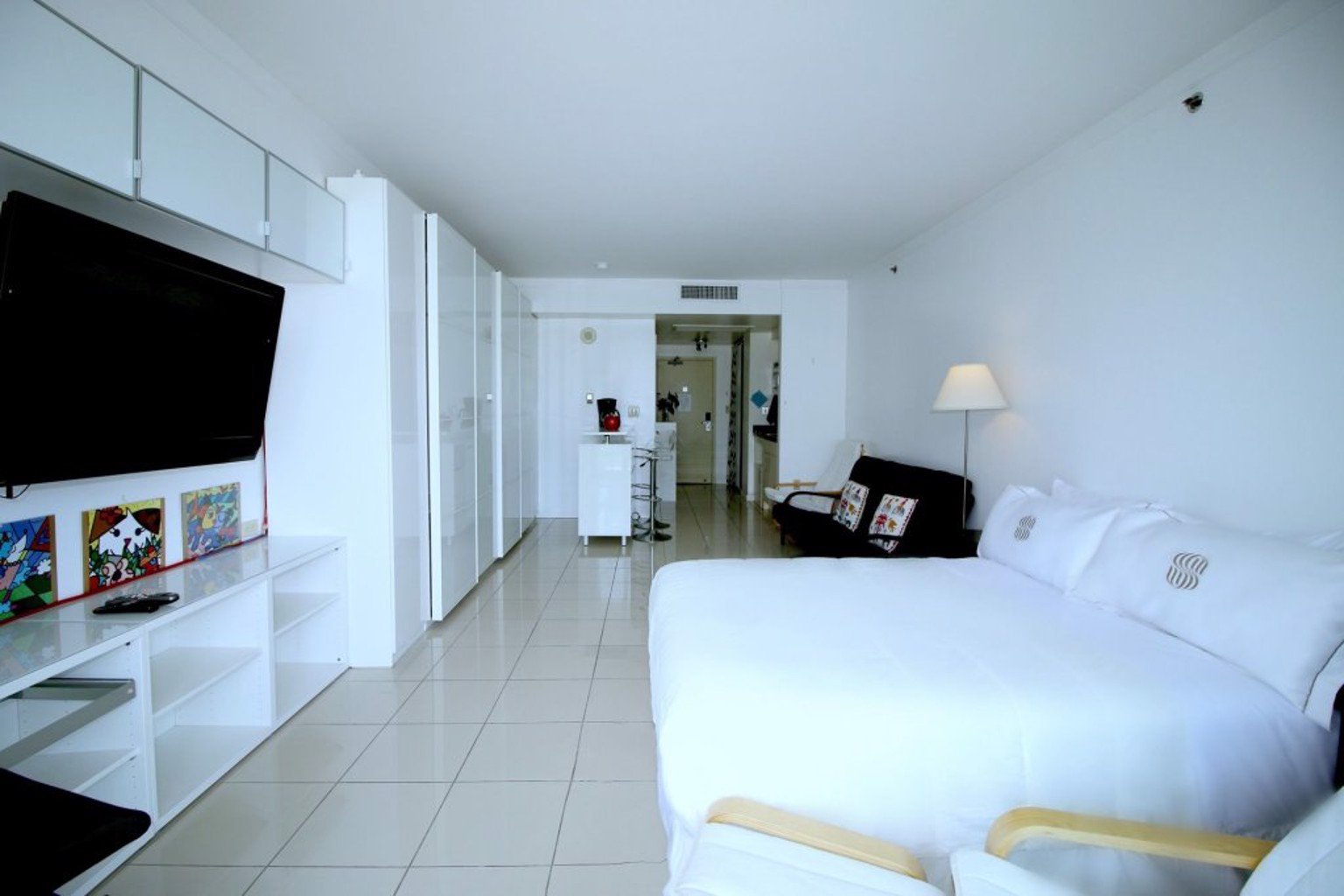 Sonesta Resort by 1st HomeRent