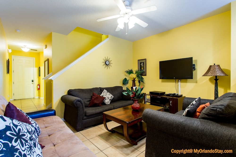 Orlando and Kissimmee Town homes by MyOrlandoStay