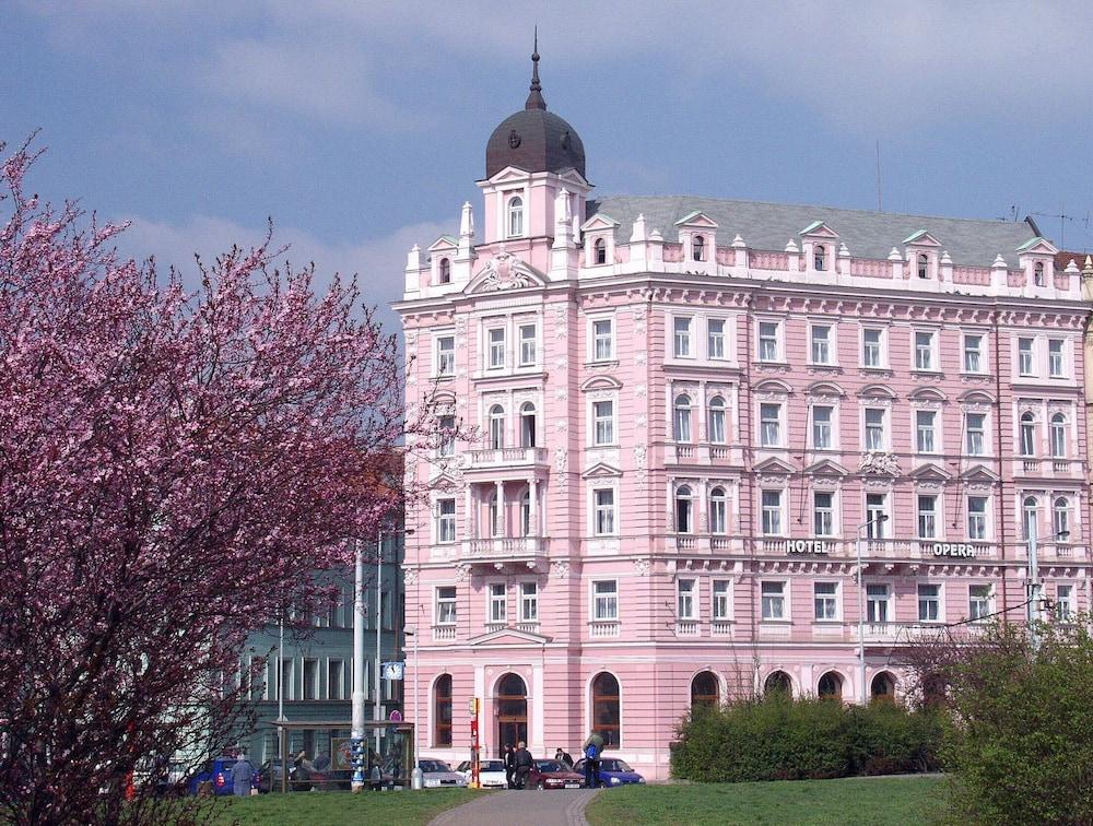 Hotel Opera