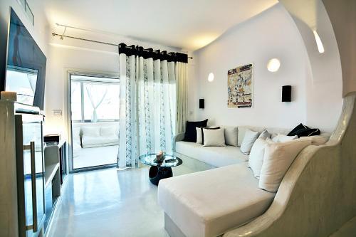 Santorini Loft Boutique Apartments
