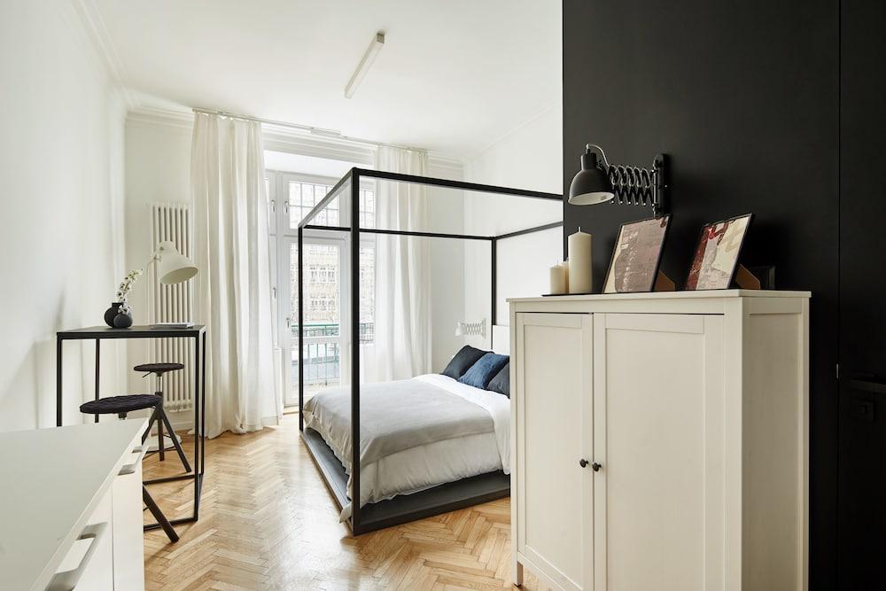 Four Stories Apartments Krasinskiego