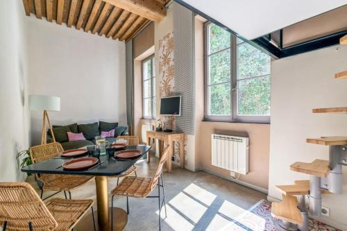 Lovely one bedroom by the Saone river in Lyon Welkeys