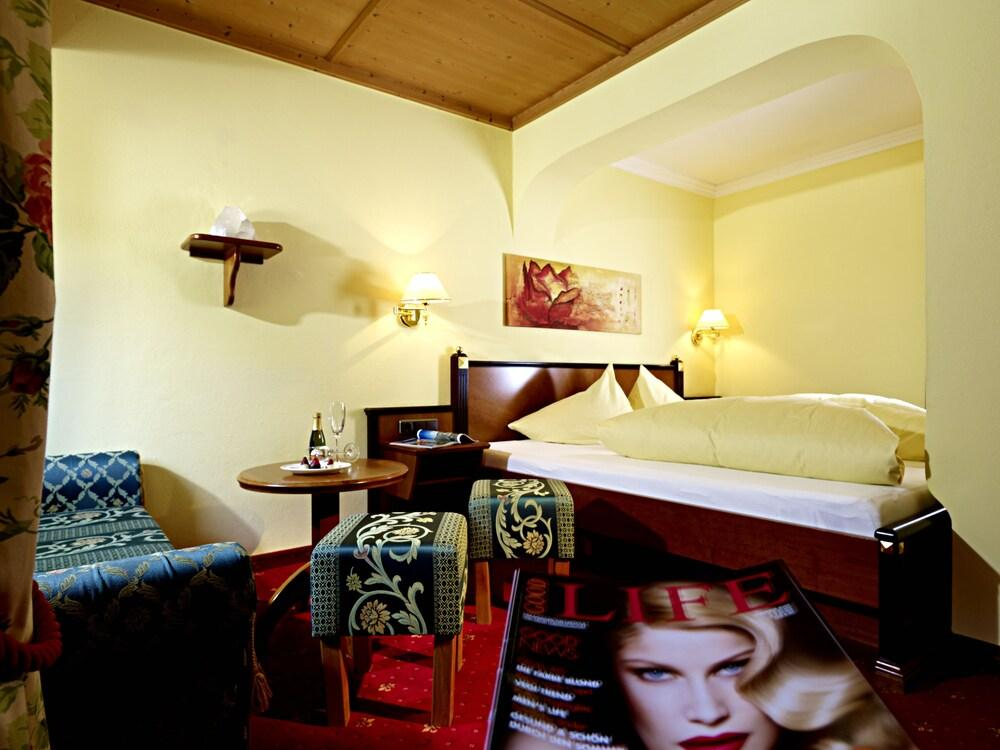 Gallery image of Hotel Kristall Adults Only