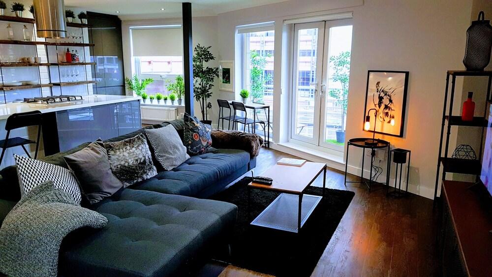City Centre Apartment BK