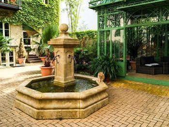 Garden Living (گاردن لیوینگ)