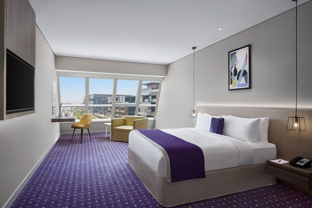 Leva Hotel and Suites Mazaya Centre