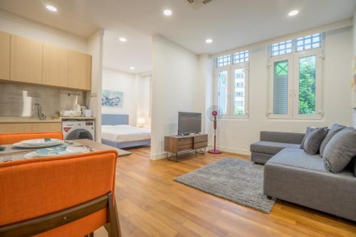 ClubHouse Residences Cedar Studio