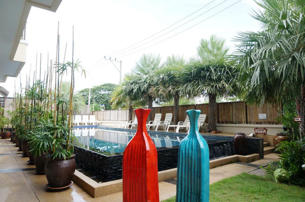 Gallery image of Smile Hua Hin Resort
