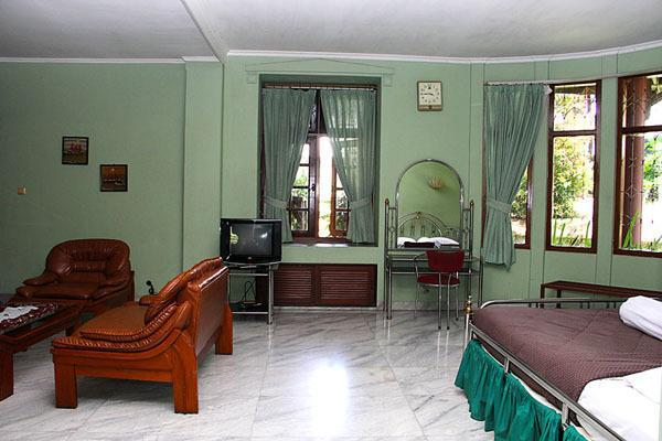 Gallery image of LA Rengganis