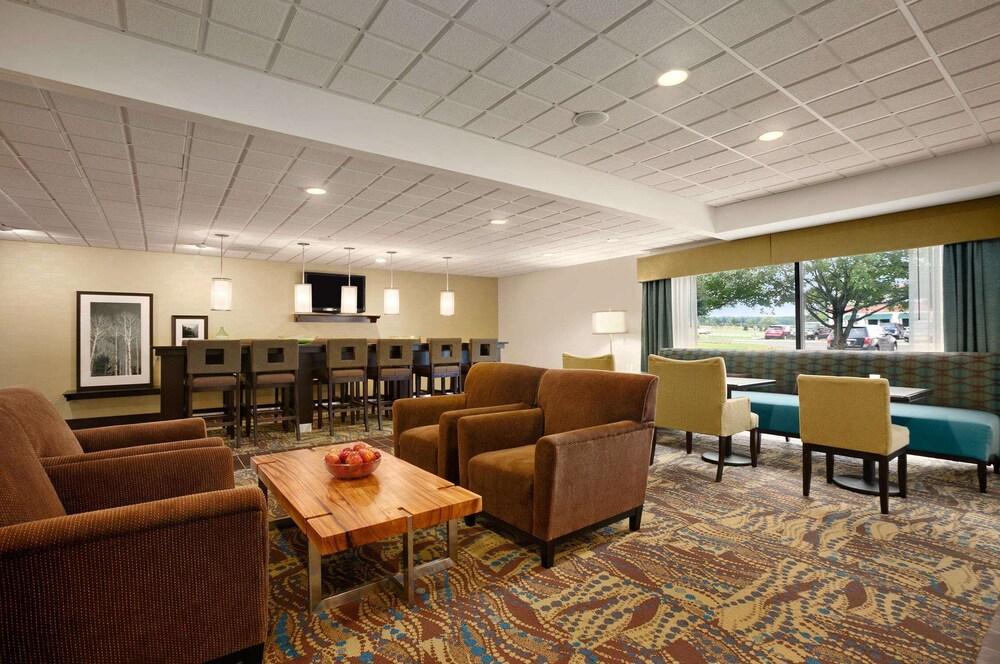 Gallery image of Hampton Inn Cadillac