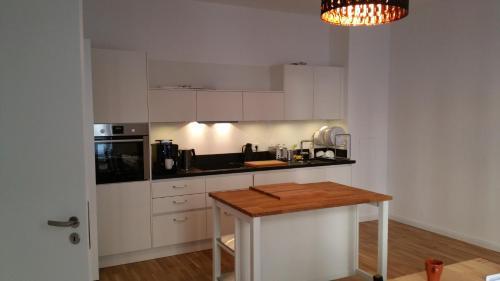 Berlin Apartment Deluxe (برلین آپارتمان دلوکس)
