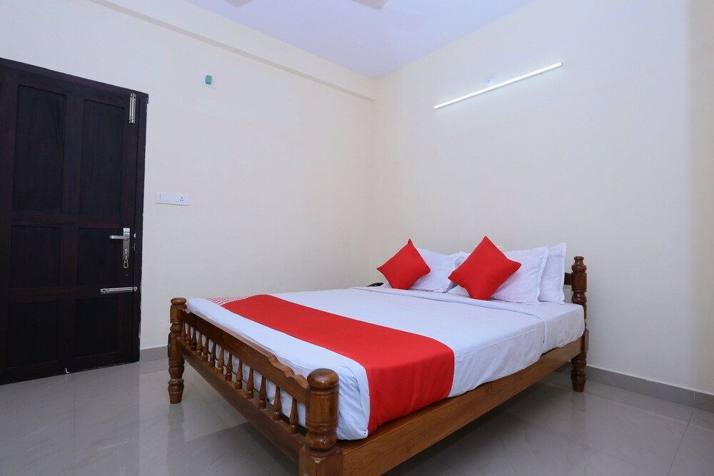 Gallery image of OYO 24129 Panackal Inn