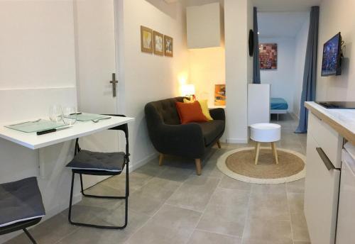 Studio Scandinave Au Calme Avec Jardinet