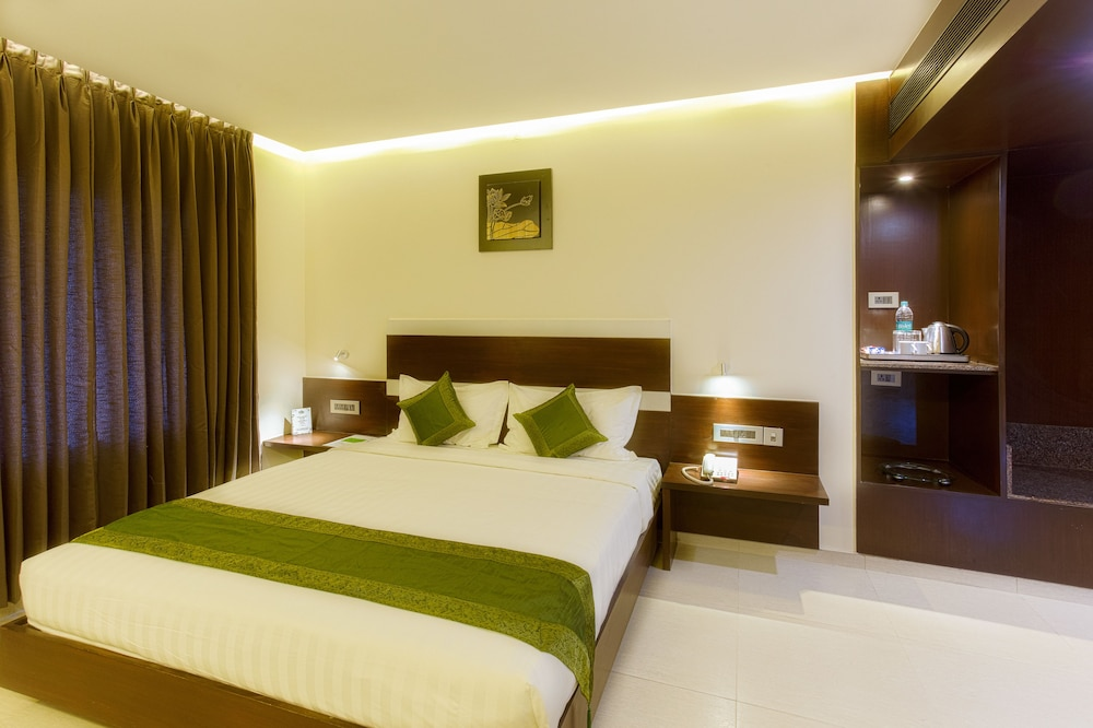 Treebo Grand Premier Suites