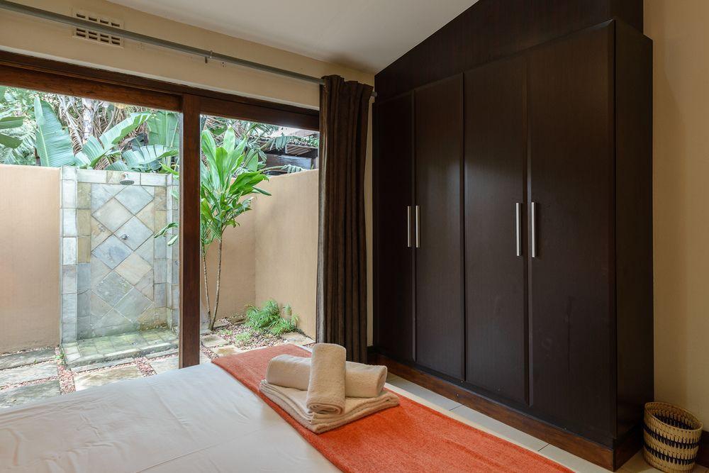 San Lameer Villa Rentals 2806