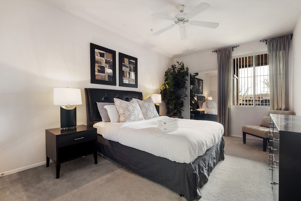 The Modern Phoenix Getaway Resort Style Amenities
