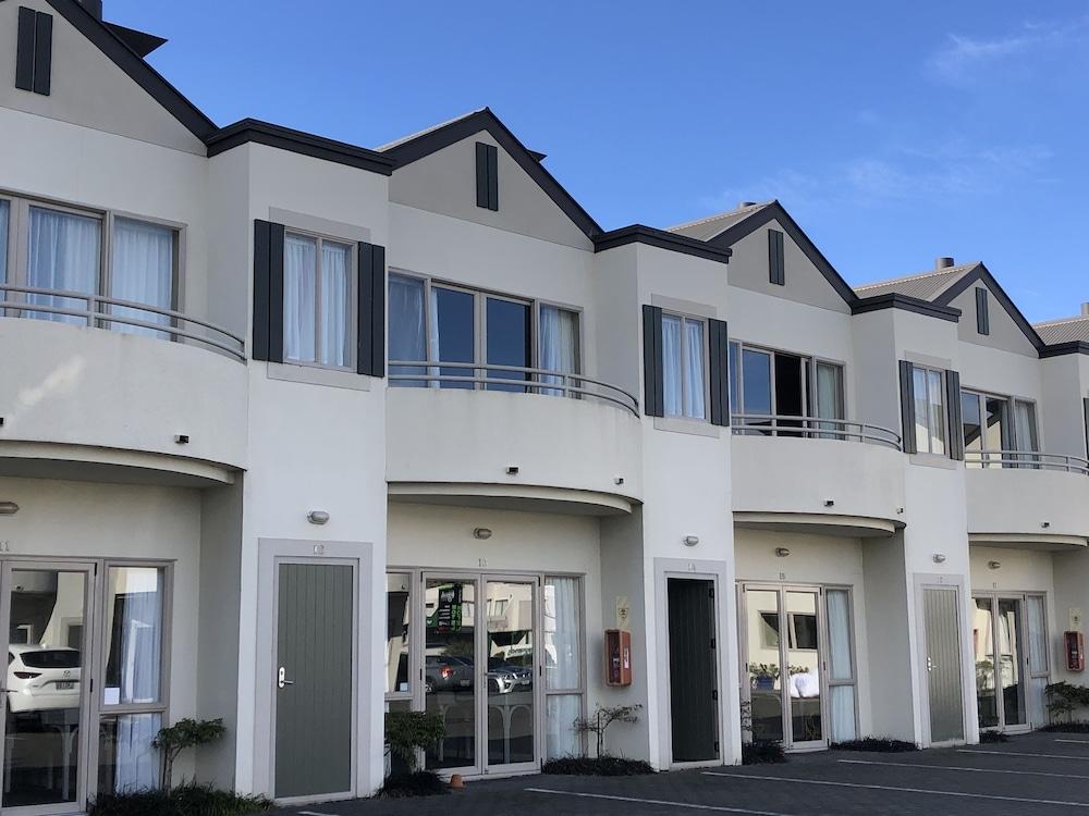 Gallery image of Cornwall Motor Lodge