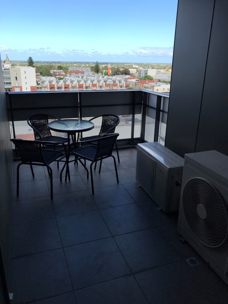 RNR Serviced Apartments Adelaide Grote St