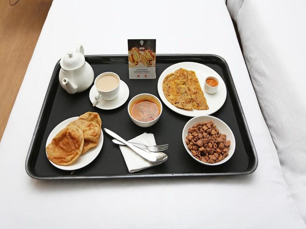 Gallery image of Oyo 36109 Hotel