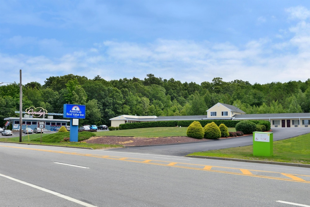 Gallery image of Americas Best Value Inn Providence North Scituate