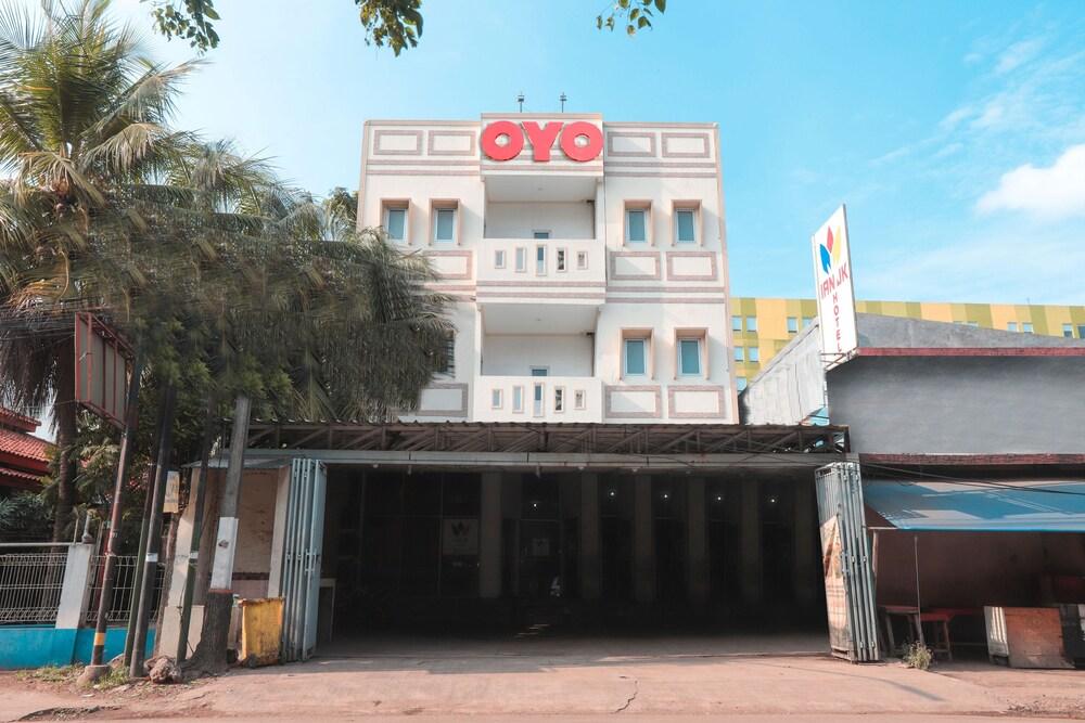 Gallery image of Oyo 262 Ian Jk Hotel