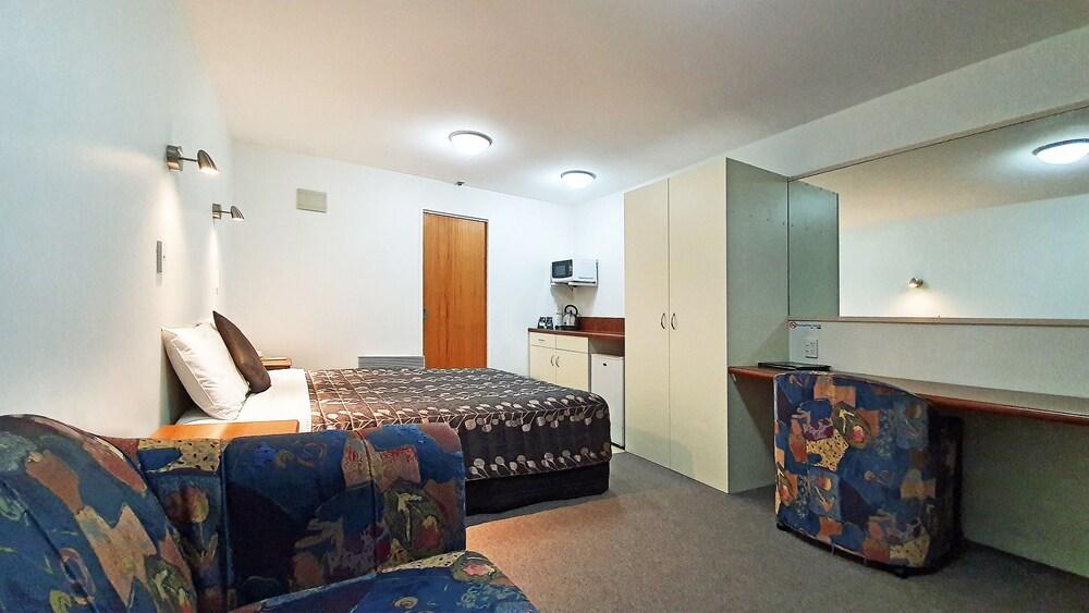 Gallery image of Airways Motel