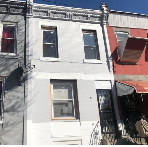 Philadelphia Single House Near Temple