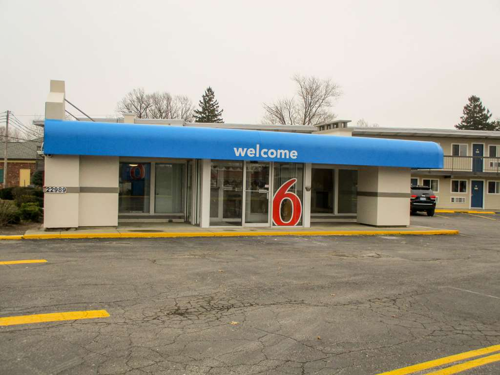 Motel 6 North Olmsted OH Cleveland