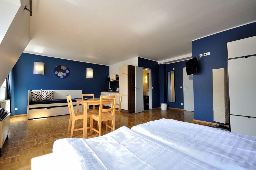 Gallery image of Five Elements Hostel Frankfurt