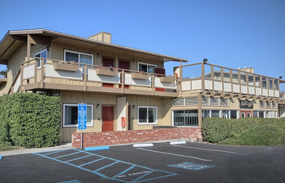 Gallery image of Silver Surf Motel