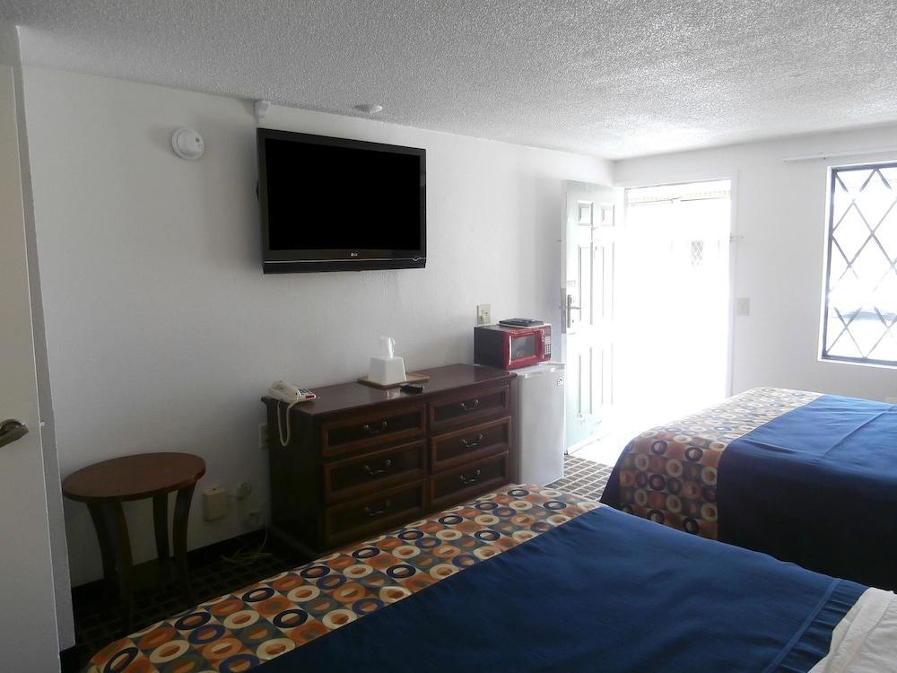 Gallery image of Americas Best Value Inn Myrtle Beach