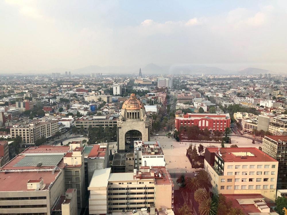 Plaza Suites México City 2404