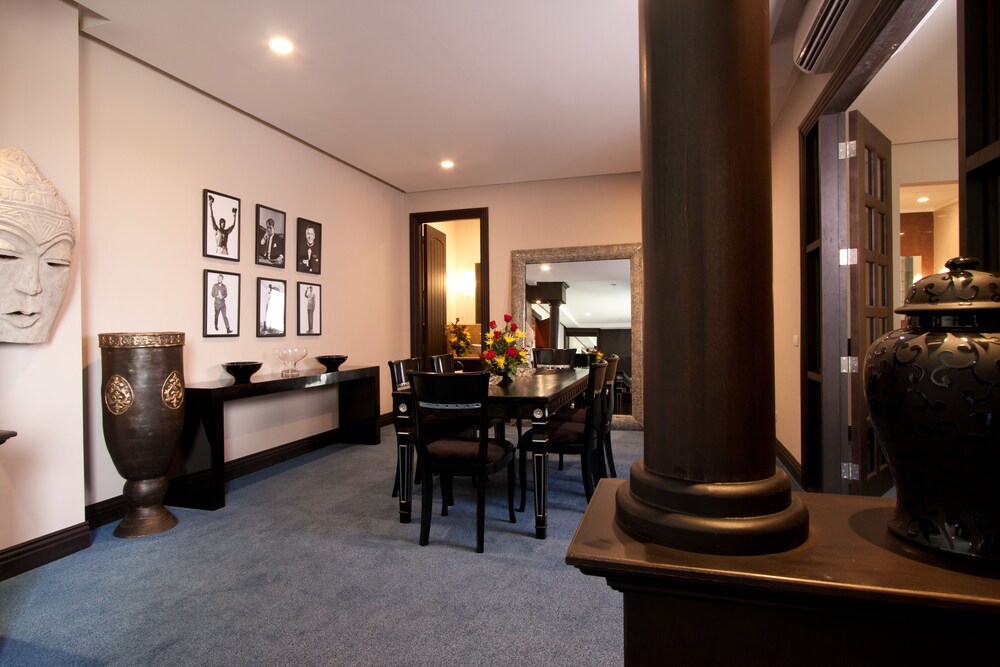 Gallery image of Lewis Grand Hotel