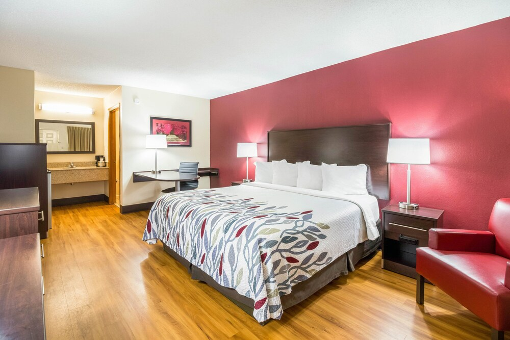 Gallery image of Red Roof Inn Clarksville