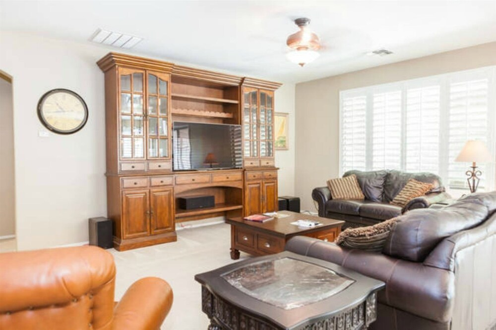 Three Bedroom Chandler Home with BBQ