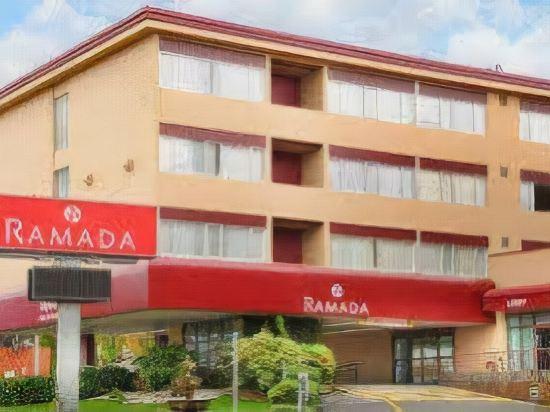Ramada Hotel Suites Metrotown