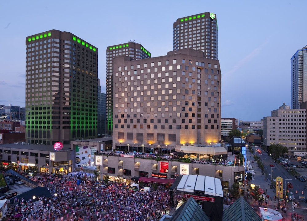 DoubleTree By Hilton Montreal