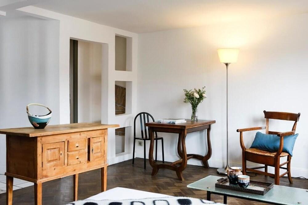 Appartements Au Dessus Du...