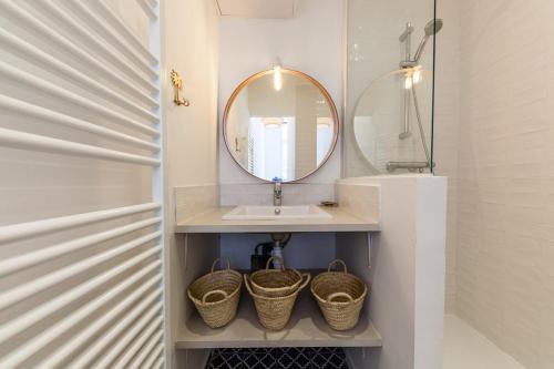 Appartement idA alement situe renove bien decore avec climatisation Chez Manu