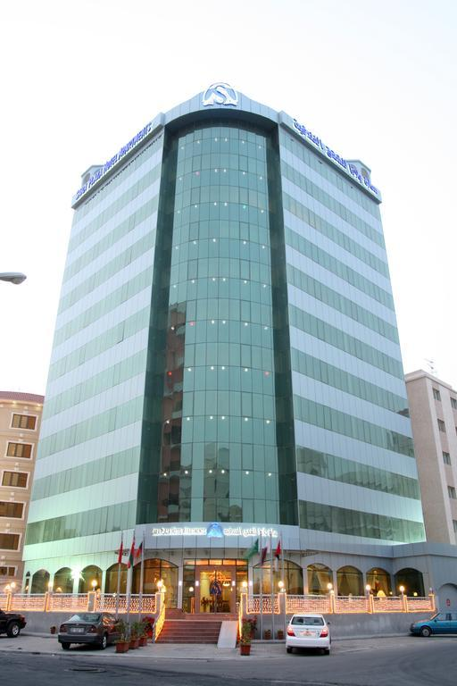 Sara Plaza Hotel