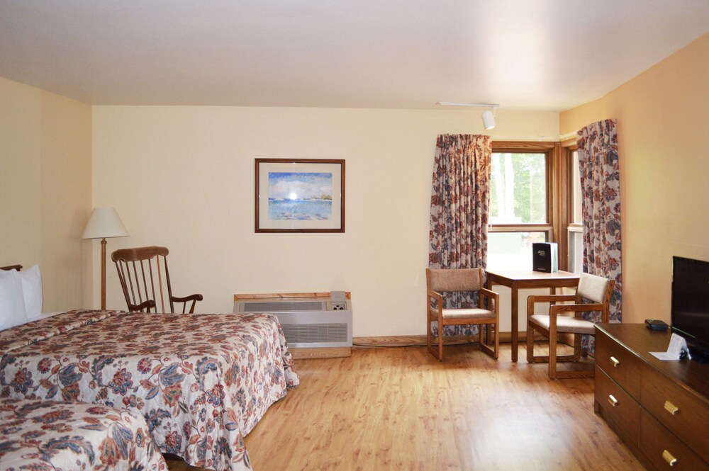 Gallery image of Holiday Acres Resort