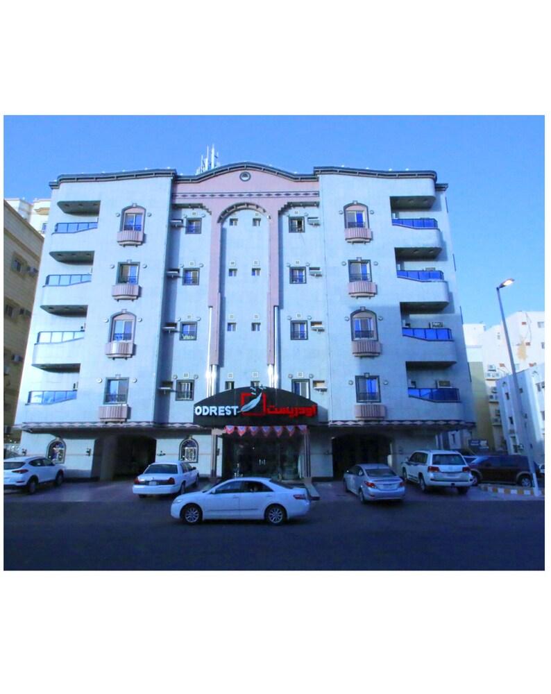 Odrest Hotel Apartments Sary
