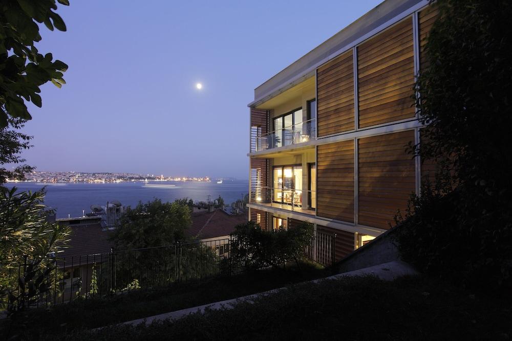 Deris Bosphorus Lodge